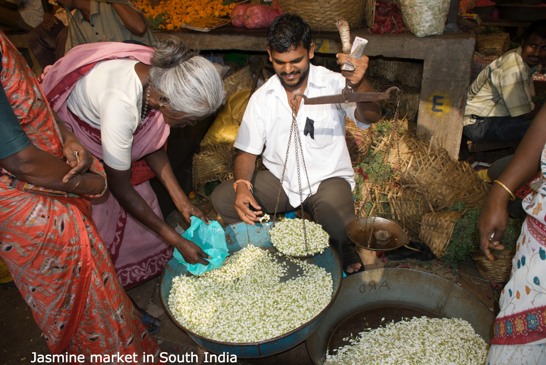 jasmine-market-in-south-india.jpg