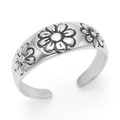 Sterling Silver Toe Ring with 3 flowers 5.5mm at widest part. 0970