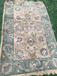 Tan / Olive Made in India 5'x8' Area Rug
