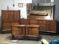 5pc Mid Century Modern Walnut Bedroom Set
