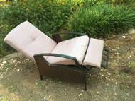 Outdoor patio recliner