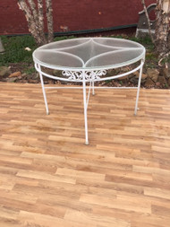 "42"" round glass and cast aluminum patio table"
