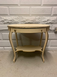 Oval vanity table