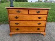 Maple 5 curved bottom drawer dresser