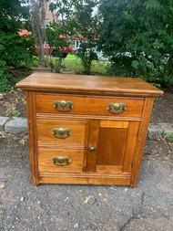 Oak eastlake dresser