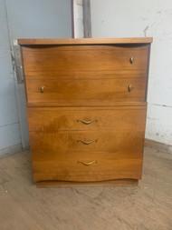 Mid century modern 4 drawer dresser
