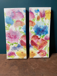 Pair of canvas floral prints
