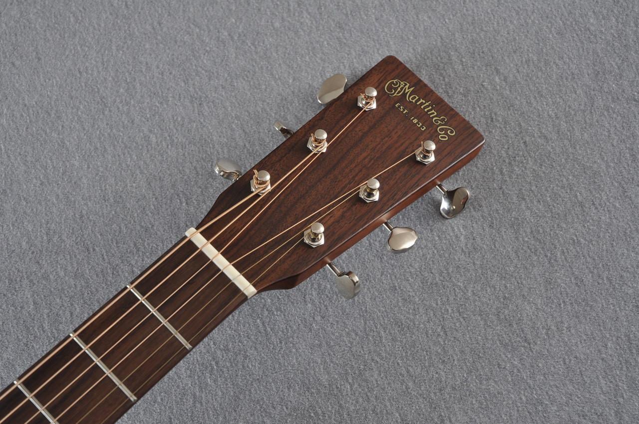 Martin D-15M Solid Mahogany Dreadnought Acoustic Guitar - #2081235 - View 3