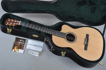 2015 Martin 000C 12 Fret Nylon Acoustic Guitar #1862408 - Case