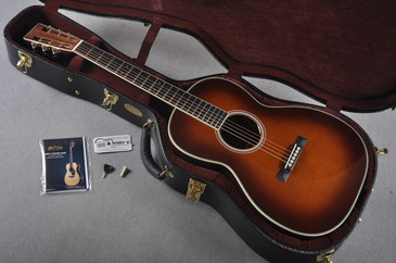 2016 Martin Custom 000-28 Deep Body Bearclaw Sitka 12 Fret Ambertone #2021545 - Case