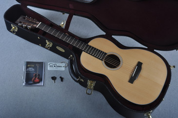 "Martin Custom Shop 00-18 12 Fret VTS Sitka 1 3/4"" Nut Acoustic Guitar #2023295 - Case"