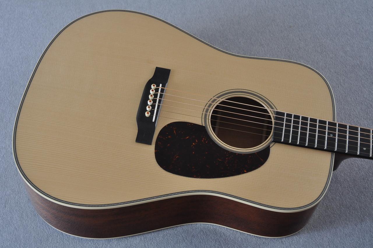 2017 Martin Custom Shop CS-CFMARTINOUTLAW-17 Acoustic Guitar #2064276 - Top