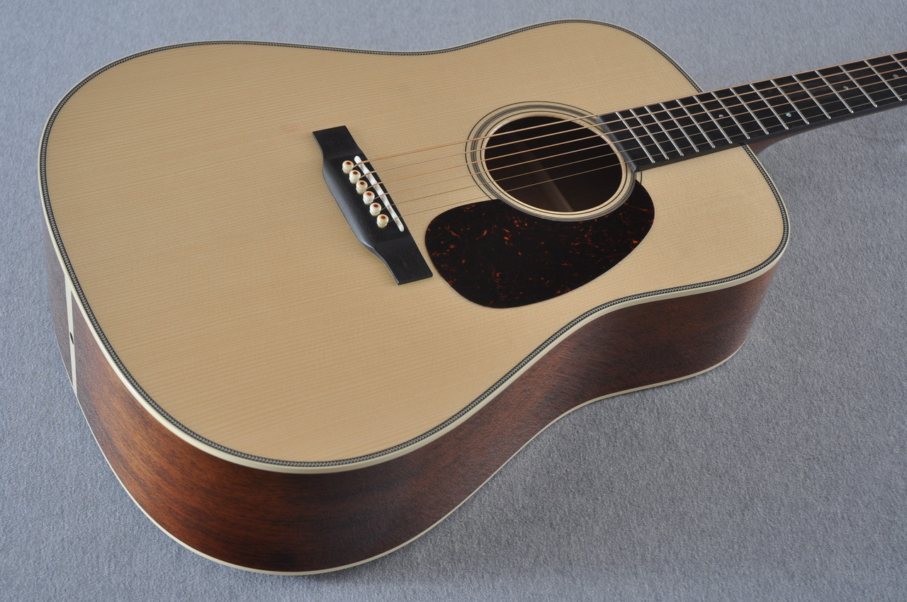 2017 Martin Custom Shop CS-CFMARTINOUTLAW-17 Acoustic Guitar #2064276 - Beauty