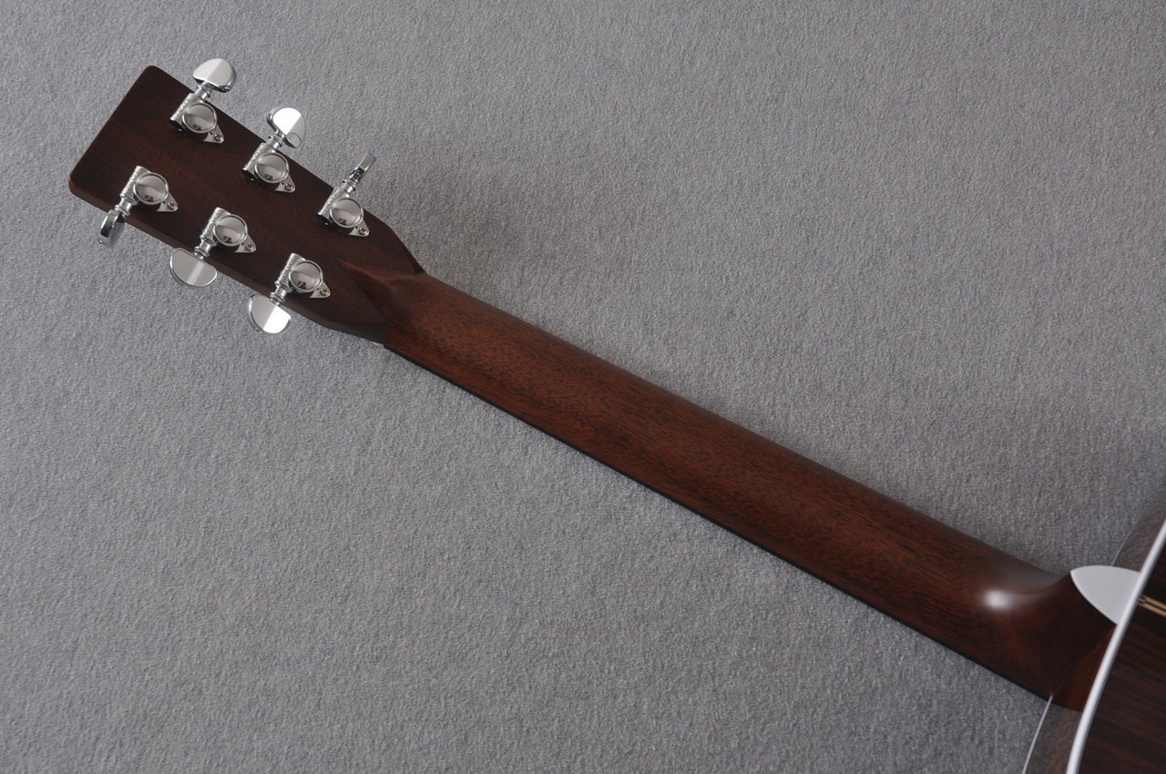 2017 Martin D-28 Standard 1935 Sunburst Dreadnought Acoustic Guitar #2079655 - Back Neck