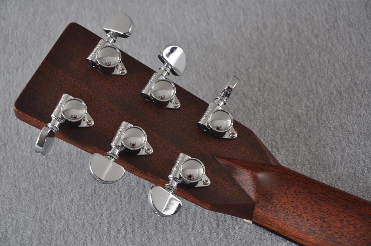 2017 Martin D-28 Standard 1935 Sunburst Dreadnought Acoustic Guitar #2079655 - Back Headstock