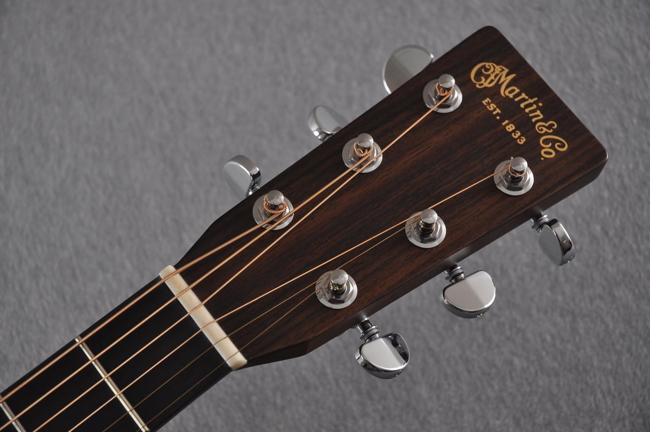 2017 Martin D-28 Standard 1935 Sunburst Dreadnought Acoustic Guitar #2079655 - Headstock