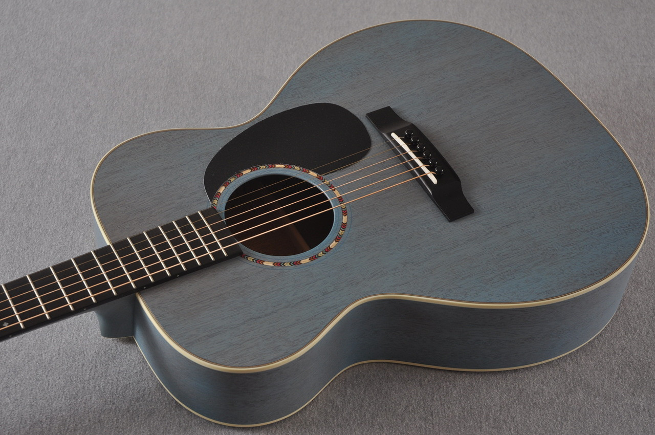 martin custom shop 000 15 sonic blue acoustic guitar 2105109. Black Bedroom Furniture Sets. Home Design Ideas