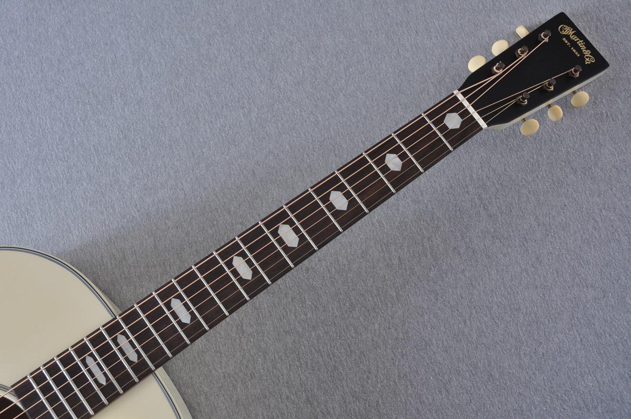 Martin Custom Shop D-18 Slope Adirondack Short Scale Antique White Guitar #2027453 - Neck