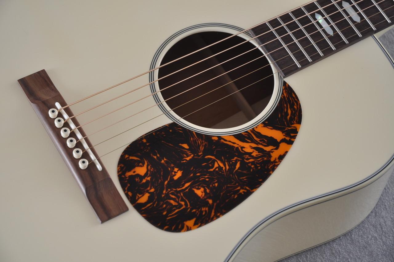 Martin Custom Shop D-18 Slope Adirondack Short Scale Antique White Guitar #2027453 - Pickguard