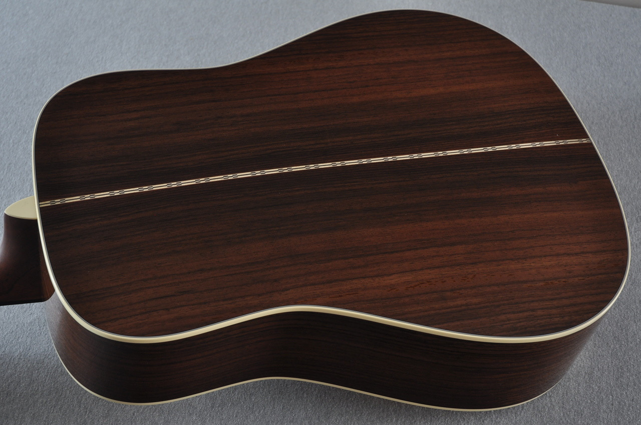 Martin D-28 (2017) Standard Dreadnought Acoustic Guitar #2126542 - Back
