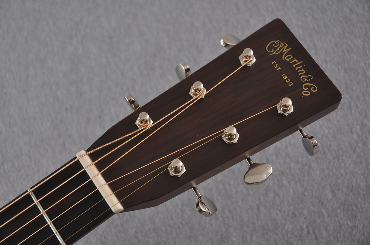 Martin D-28 (2017) Standard Dreadnought Acoustic Guitar #2126542 - Headstock