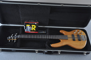 Cort A5 Plus Bass- #02301158 - Case