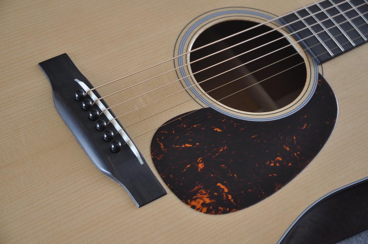 Martin D-18 Authentic 1939 VTS Adirondack Acoustic Guitar #2141448 - Pickguard