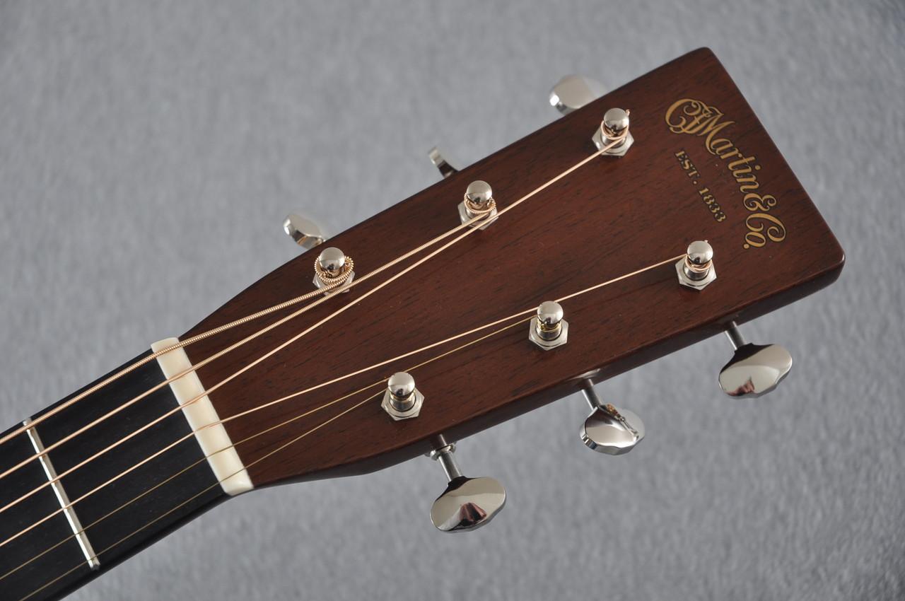 Martin D-18 Authentic 1939 VTS Adirondack Acoustic Guitar #2141448 - Headstock