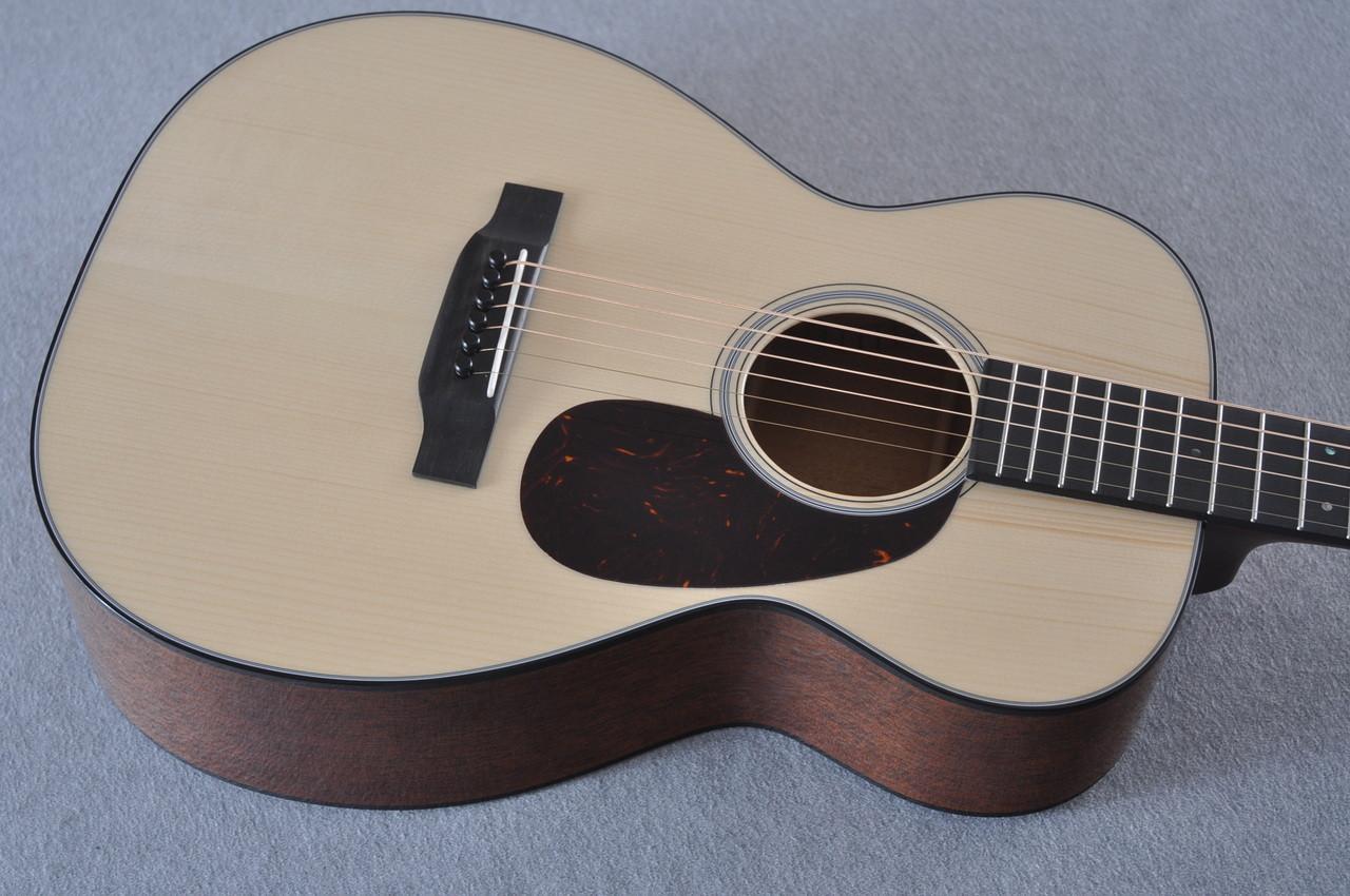 Martin Custom Shop 0-18 Adirondack Clear Acoustic Guitar #2146970 - Top Angle