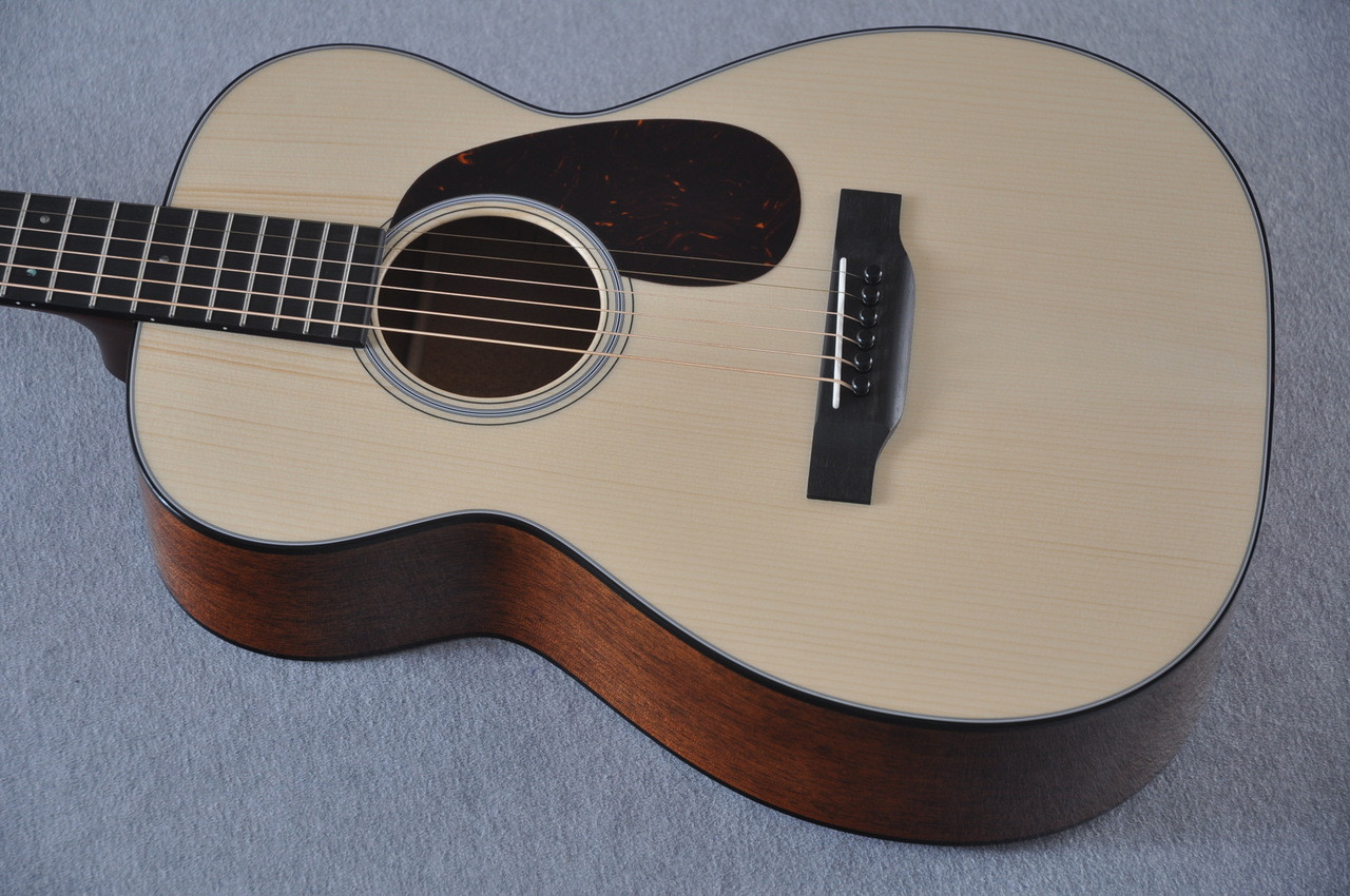 Martin Custom Shop 0-18 Adirondack Clear Acoustic Guitar #2146970 - Top Side