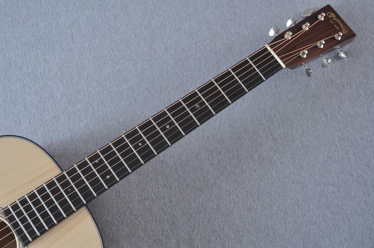 Martin Custom Shop 0-18 Adirondack Clear Acoustic Guitar #2146970 - Neck