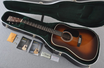 Martin D-28 (2017) Ambertone Standard Dreadnought Guitar #2147392 - Case