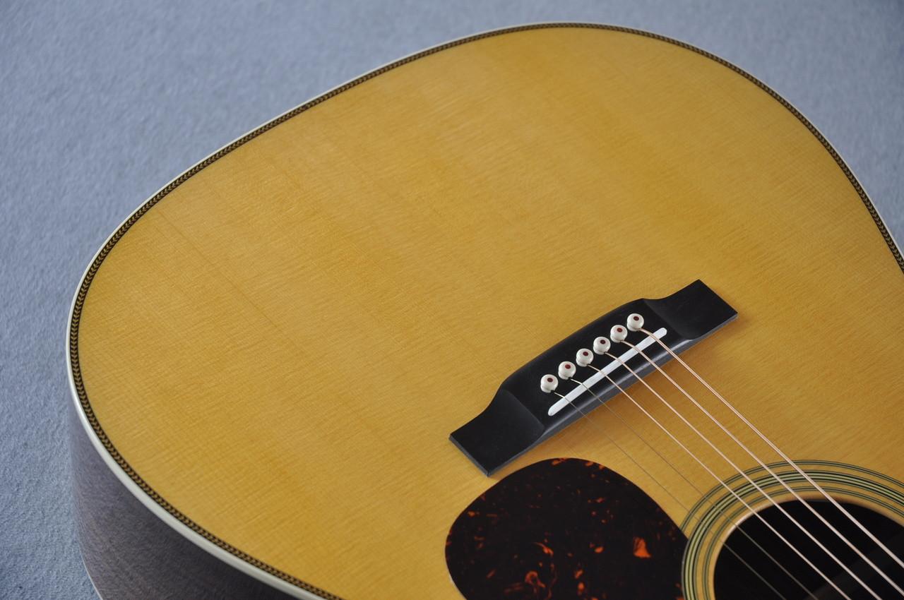 Martin HD-28 (2018) Standard Dreadnought Acoustic Guitar #2149399 - Grain
