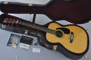 Martin Custom Shop 00-28 Guatemalan Acoustic Guitar #2142386 - Case