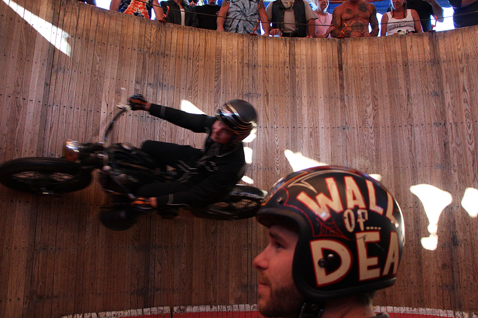 Wall of Death, Ives Brothers