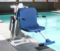 AquaTRAM LT Pool Lift - 300 Pound Capacity With Lag Bolt Anchoring System