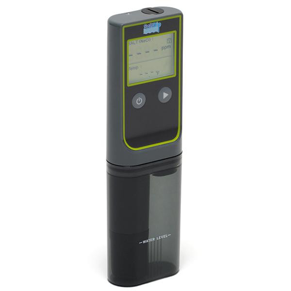 The Solaxx SaltDip is a digital water chemistry reader that accurately and quickly takes the readings of each water sample.