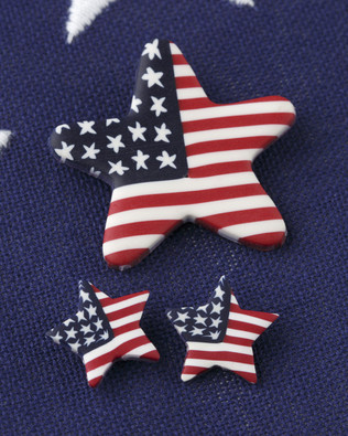 Star Pin & Small Earrings Set