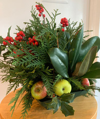 Decorative Holiday Centerpiece Workshop with Pam Mount