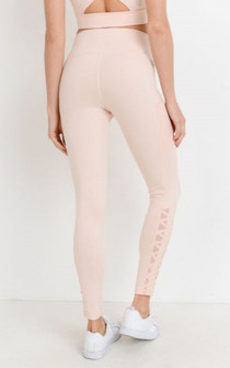 Amari Active Lattice Legging In Pink