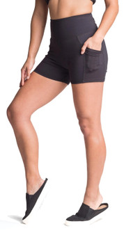 Amari Active Speed Shorts In Black