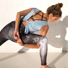 Onzie Flow Yoga Twisted Tank in Light Blue