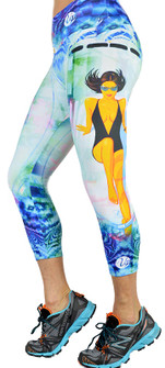 Shape Up Sunbathing Beauty Print Capri