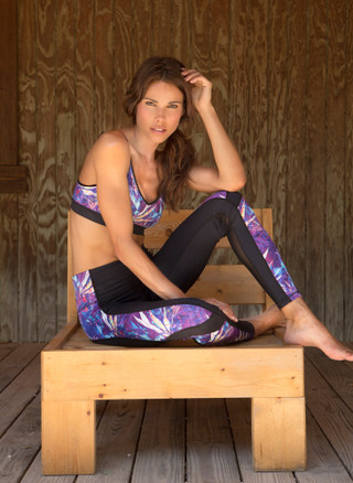 Purple Paradise Print Power Through 2 Mesh Legging