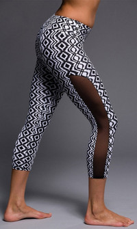 Onzie Black Diamond Capri