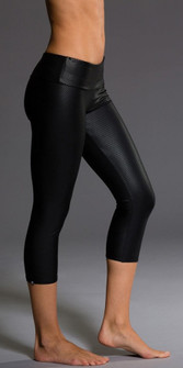 Onzie Black Diamond Shiny Capri