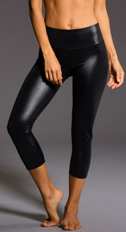 Onzie Polished Black Capri