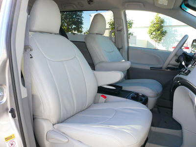 2011-2014 Toyota Sienna Seat Covers - Light Gray - FrontRow