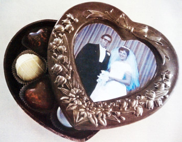 """Corian"" Chocolate Frame"