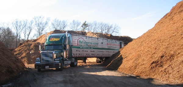 Bulk mulch trailerload leaving our yard